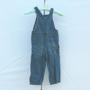 OshKosh B'gosh Bottoms - Nice Genuine kids blue denim overalls 3T